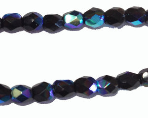 Fasetterad pärla i svart AB, 4 mm. En sträng.