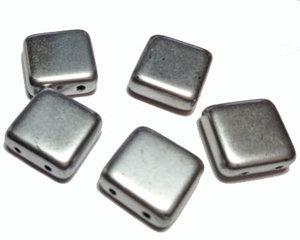 Tjeckisk 2-hålig matt silverfärgad tilepärla, 12*12 mm. 10-pack.