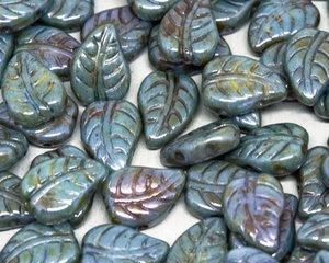 LeafDuo, 7*10 mm. Chalk White Blue Luster, 03000/65431. 20 stycken.