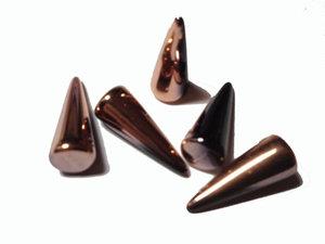 Spike pärlor i svart med koppar, 7*17 mm. 5-pack.