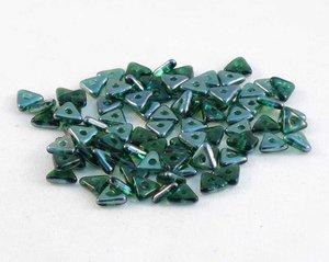 Tri-bead, Emerald Celsian. 5 gram