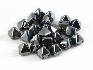 Tile Pyramid, Jet Hematite , 20-pack