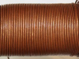 Indiskt kopparfärgat metallic läder, 2 mm. Per meter.