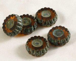 Runda platta tjeckiska fire polish pärlor, bruna med grått, 12 mm diameter. 5 stycken.