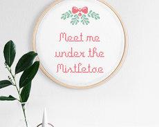 Cross stitch kit with aida - Mistletoe