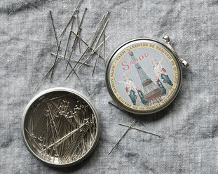 Dressmakers pins in metal tin from Sajou