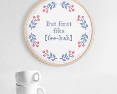 Broderikit aida – But first fika