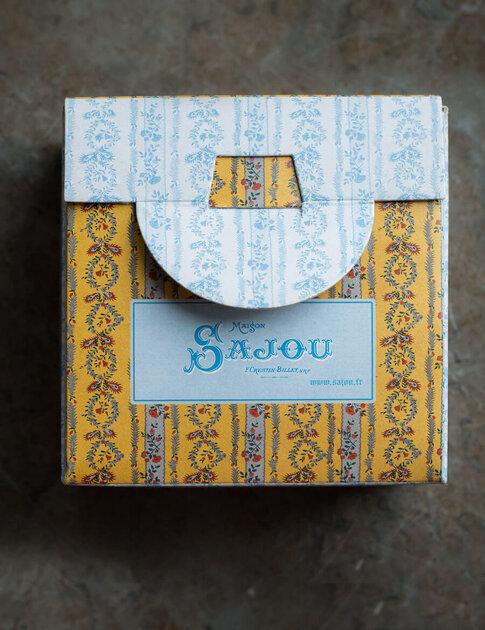 Rose box cross stitch kit from Sajou