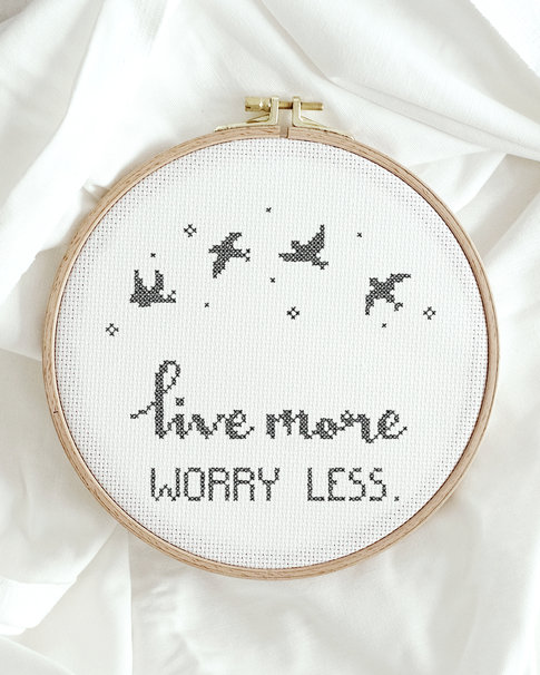 Cross stitch kit with aida - Worry less