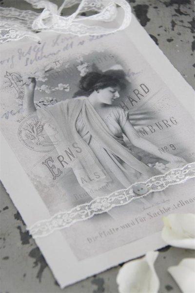 Vacker kvinna stor metall tag bilder handgjord spets shabby chic lantlig stil Jeanne darc living
