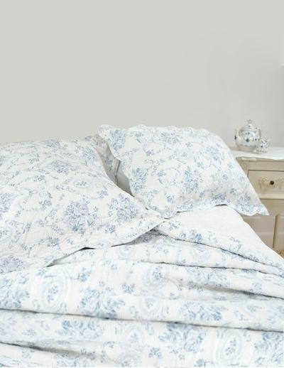 Överkast Kuddfodral quilt ljusblå toilemönster rosor 2 storlekar shabby chic lantlig stil