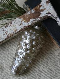 Kotte i rökfärgat silverglas Jeanne d´Arc living
