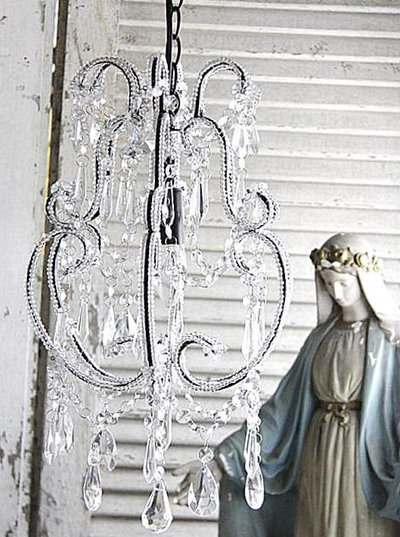 Chandelier takkrona glasprismor Jeanne darc Living shabby chic lantlig stil