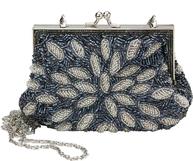 Aftonväska clutch med pärlor lavendelblå silver Lisbeth Dahl
