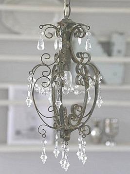 Taklampa krona antikgrå prismor lantlig stil shabby chic