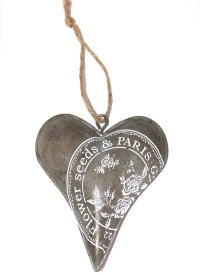 Hjärta i plåt zink grå vit tryck shabby chic lantlig stil fransk lantstil