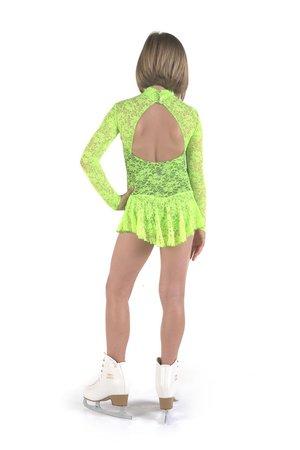 Långärmad klänning med spets från Sagester