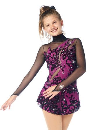 Rosa tävlingsklänning i spets från Sagester
