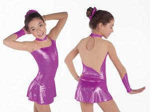 Långärmad klänning med hög halsringning i metallic tyg