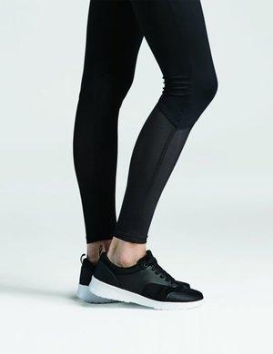 Svarta leggings med infyällningar i mesh