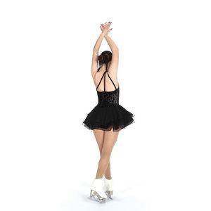 Kortärmad klänning med längre kjol