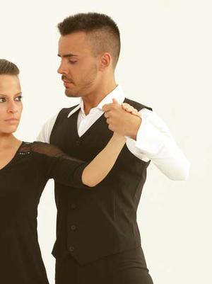 Tävlingsskjorta i svart eller vitt