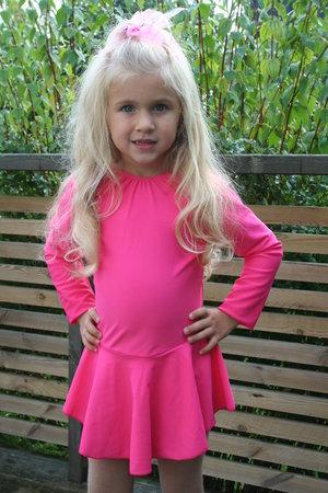 Rosa långärmad klänning
