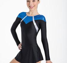 Klänning i svart med  blått eller rosa