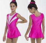 Svart kortärmad klänning i glittrigt tyg med rosa detaljer