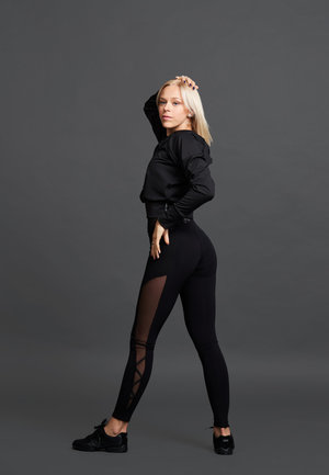 Jiv x Radionova tights