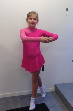 Långärmad klänning från Sagester med Swarovski