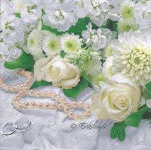 Bröllop med ring och blommor mm