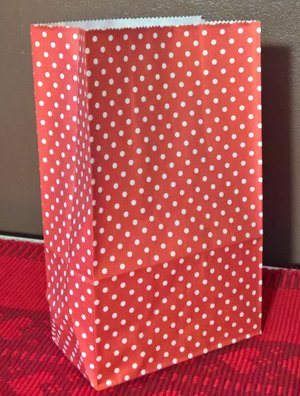 Papperspåse med fyrkantsbotten  Livsmedelsgodkända.