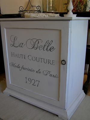 Skåp sideboard sängbord La Belle Haute Couture