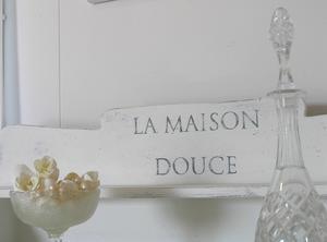 Romantisk kommod med fransk text