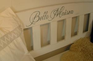 Träsoffa Belle Maison med förvaring under locket