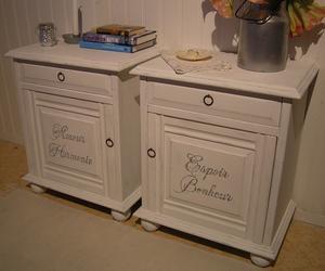 Sängbord sideboards med franska ord