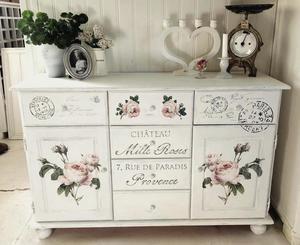 Romantisk skänk med rosor, fransk tex och stämplar