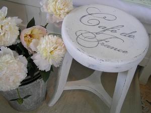 Romantisk pianopall Café de France