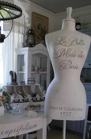 Provdocka La Belle Mode de Paris