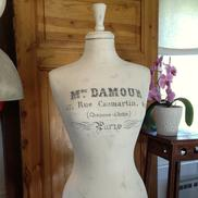 Provdocka Madame Damour Haute Couture