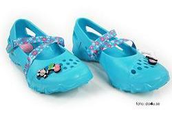 Sandaler med blommiga remmar och applikationer, Skechers