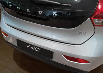 V-40 hatchback, böj, kant, offset, foto..fl2016->