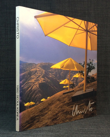 (Christo) (b. 1935) - Carl Flach (ed.) | Wolfgang Volz (photographs): Christo Works from 80's and 90's.