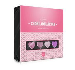 16 Fyllda Chokladhjärtan Smörkola-Pistage-Hasselnöt-Hallon i ROSA ask
