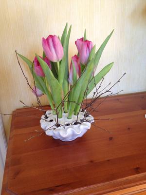 Vas i vit porslin från Edelweis