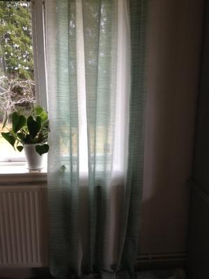 Gardinlängd från Jakobsdahls /grön