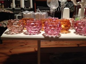 Ljuslykta i glas, opalfärgad, från Trademan