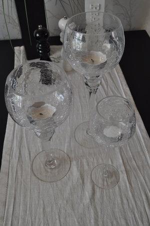 Glaskupor på fot, 3 pack från Skyrup