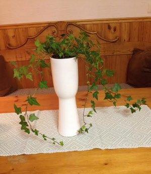 Hög Vas i vitt, från Floradekor